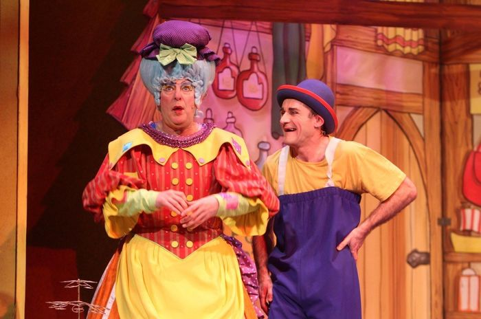 William Elliott and Tweedy in Dick Whittington 2012/13